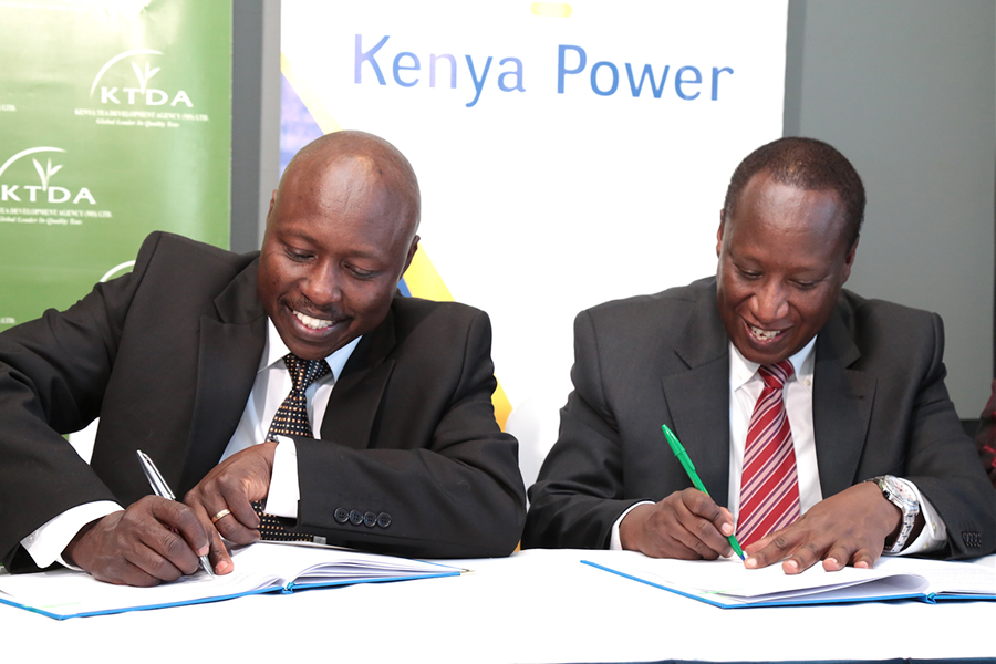 MD Dr KenTarus with KTDA CEO Mr Tiampati sign Power Purchase Agreement to sell 20.8MW to KPLC.